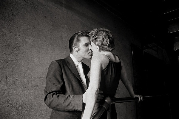 The Kiss by Alfred Wertheimer