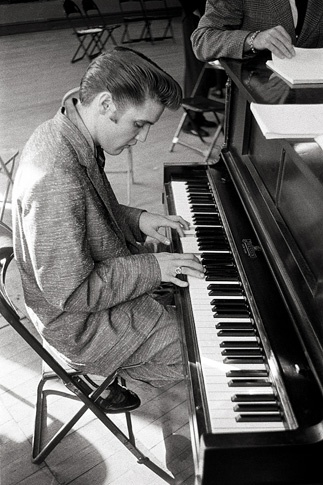 Elvis Plays a Spiritual by Alfred Wertheimer