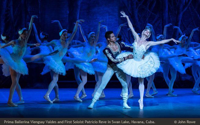 Swan Lake, Ballet Nacional de Cuba © John Rowe